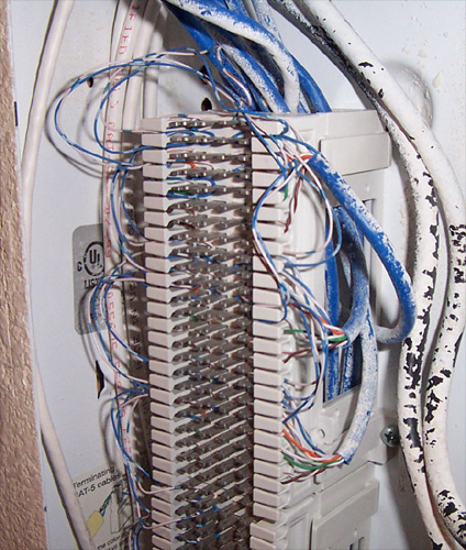 punch down block wiring example electrical wiring diagram u2022 rh huntervalleyhotels co 66 Punch Down Block Telco Wiring Block